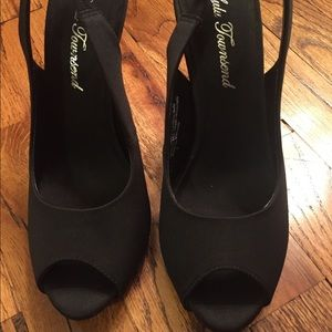 NWT: Lulu Townsend shoes